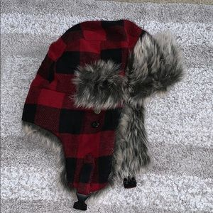 Red lumber jack hat with faux fur